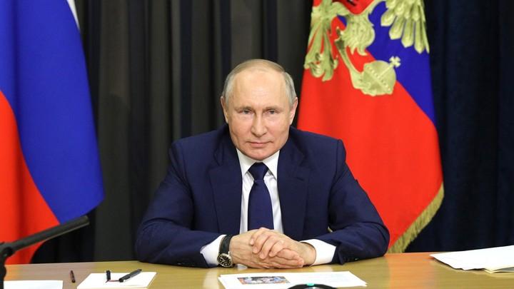 Знаете это лучше, чем кто-либо: Путин сказал, благодаря кому Россия вышла из кризиса