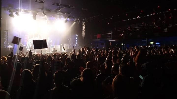 Почему за концерт «Чиж» в камерном клубе накажут, а за «Басту» с 10 000 зрителей - нет
