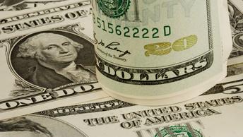 Российские миллиардеры скатились в рейтинге Bloomberg , потеряв за полгода $74 млн