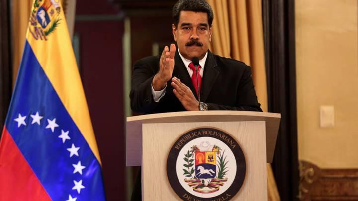 Венесуэла переходит нарыночную стоимость бензина для граждан страны