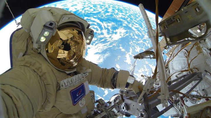 Белорусский космонавт проголосовал на выборах в Госдуму РФ из космоса