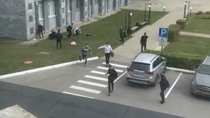 Профессор университета в Перми рассказал, почему продолжил лекцию во время стрельбы