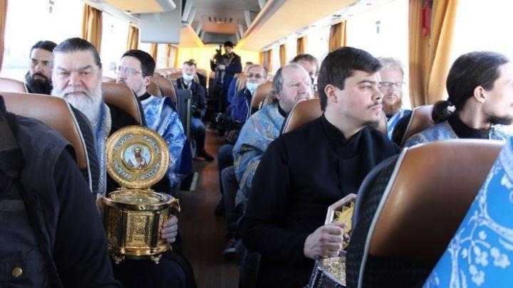 В Челябинске верующие попросили защиты от коронавируса у Богородицы