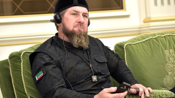 Захарова обещала что-нибудь придумать в ответ на санкции против Кадырова