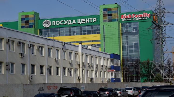 Тотального локдауна в Петербурге не будет: власти опровергли фейк о закрытии магазинов