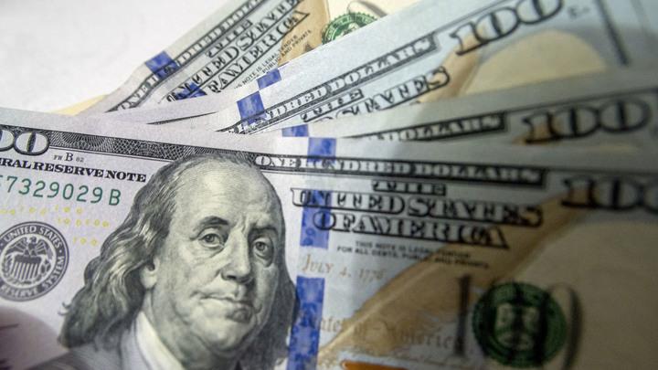 Капиталы бегут за рубеж: Отток денег из России увеличился почти в 3 раза по сравнению с 2017 годом