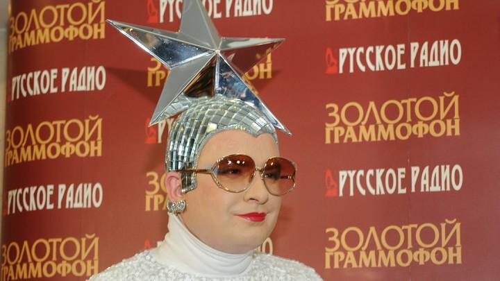 Чтоб помнили, куда их не возьмут: В Рунете сравнили киевскую эмблему НАТО со звездой Сердючки