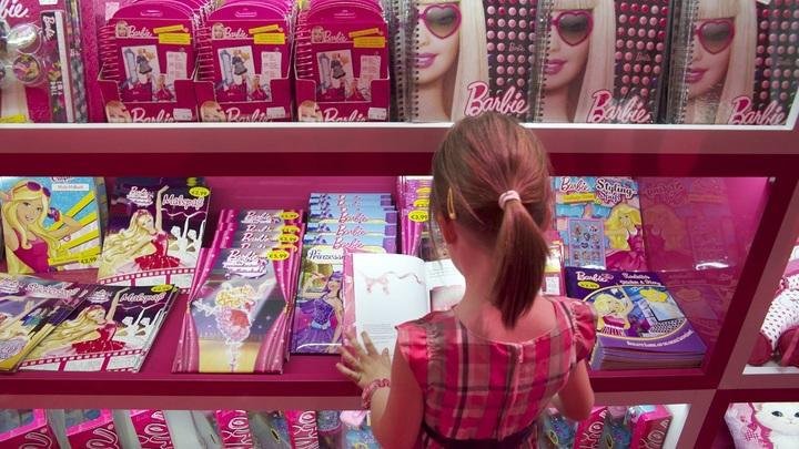 Барби: Игрушка, погубившая миллионы женщин