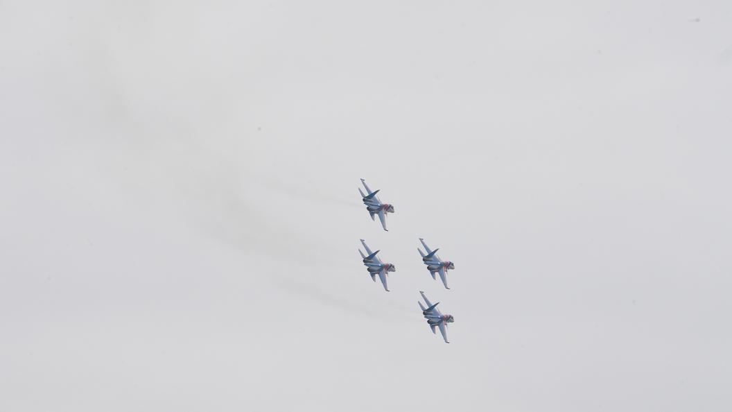 Самый новый Су-57 впервый раз поднялся внебо
