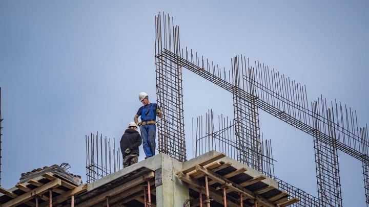 «Большинство проектов значительно переоценены»: новостройки Петербурга подорожали на 30%