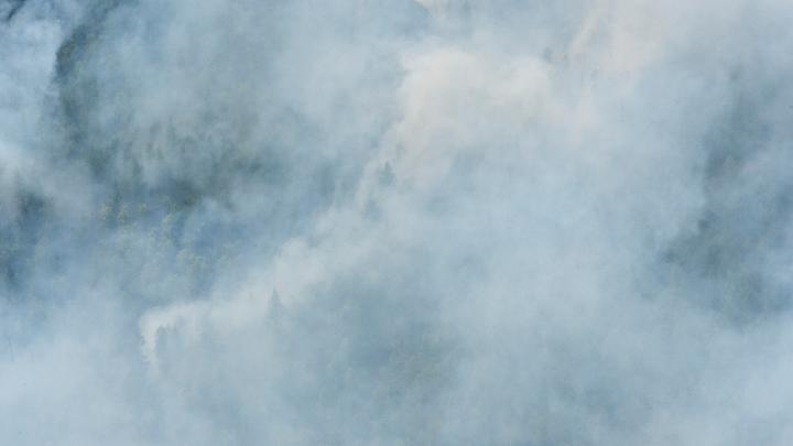 На борту три человека, не выходят на связь: В Якутии пропал вертолет
