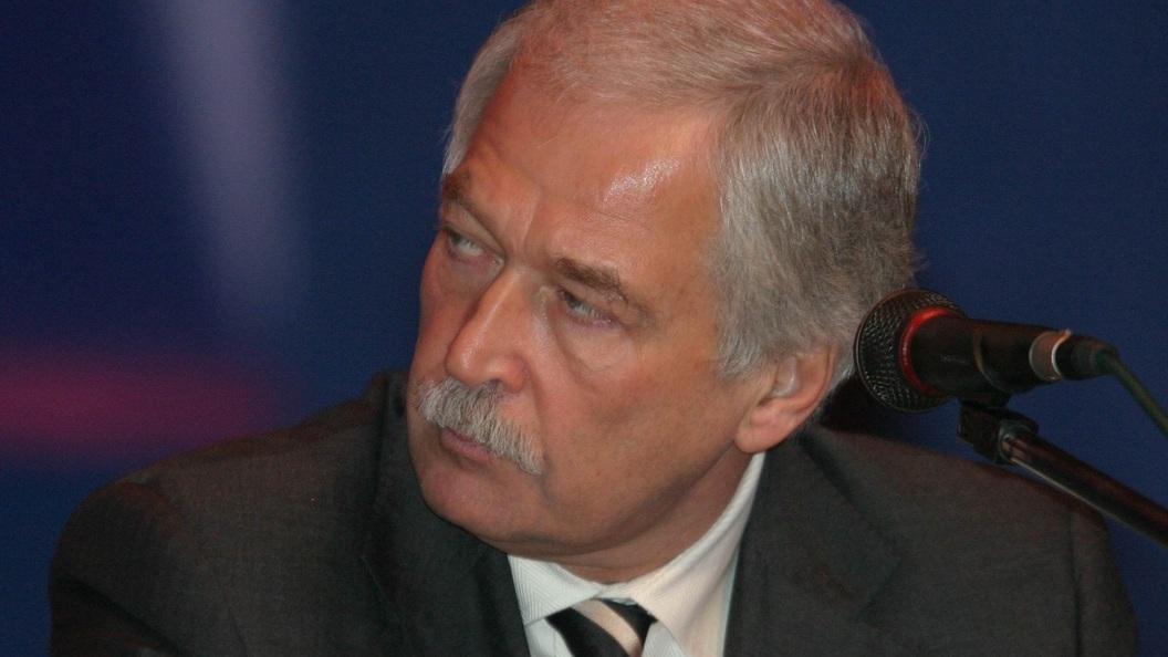 Турчинов о русских войсках вКрыму: РФиспользует ихдля наступления