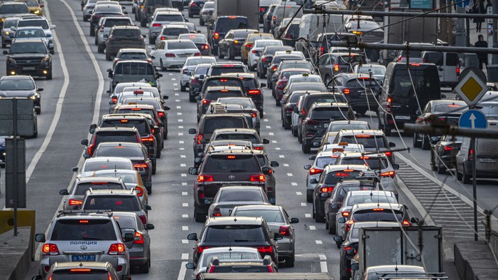 Новосибирск оказался в числе городов мира с самыми загруженными дорогами