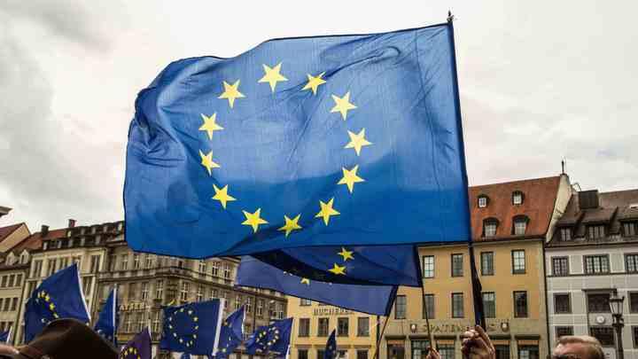 Англия хочет заключить временный таможенный союз с ЕС