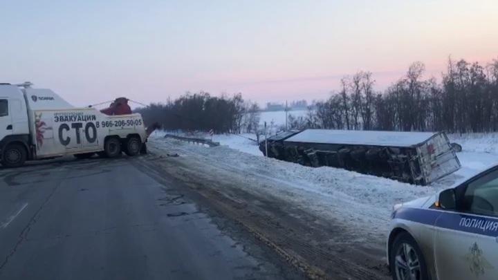 Под Ростовом гаишники вытащили из морозного плена пассажиров автобуса Москва-Ставрополь