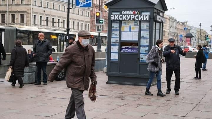 Коронавирус в Санкт-Петербурге на 19 апреля: суточная госпитализация и пожизненный масочный режим
