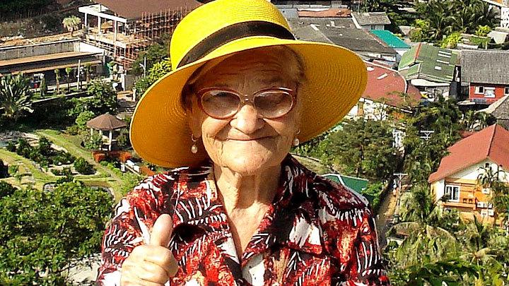 «Ни разу не пила таблетки в путешествиях»: Как знаменитая баба Лена поразила весь мир