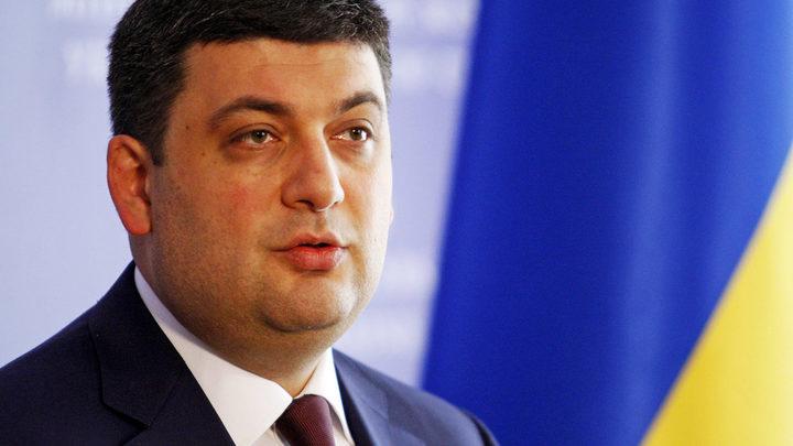 Гройсман заставит украинцев топить жилье кизяками и соломой
