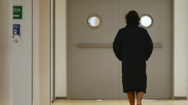 Не диета и не стресс: Назван неочевидный признак грозного заболевания у женщин