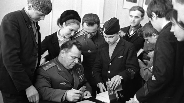 Советский ас сбивал самолёты американских союзников: Засекреченная история неудержимого Кожедуба