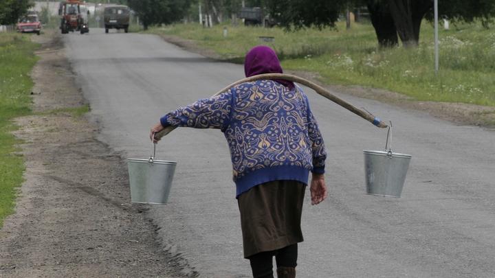 Глава района Ростовской области самовольно установил тарифы на подвоз воды жителям