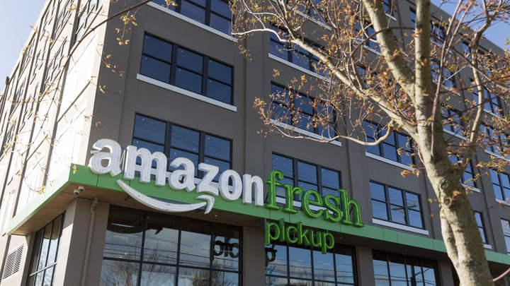 Сделать покупки и тут же их обсудить: Amazon запустила свою соцсеть
