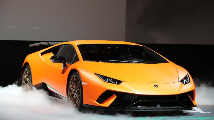 Суперкар Lamborghini сможет сам себя чинить