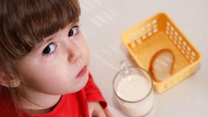 Спасёт ли новый СанПин от отравления детей в детсадах?