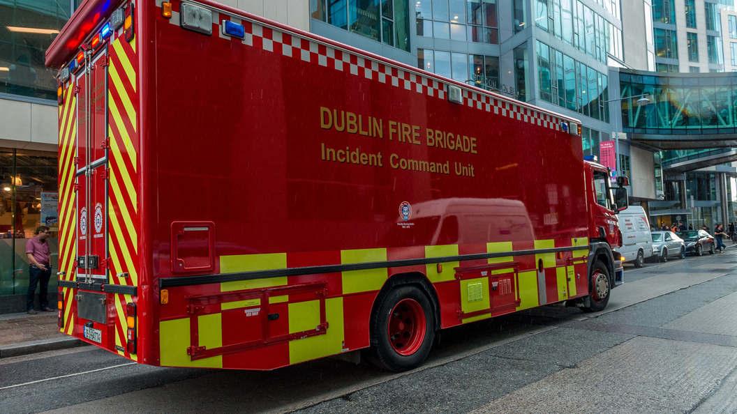 Размещено видео чудовищного пожара назаводе вДублине