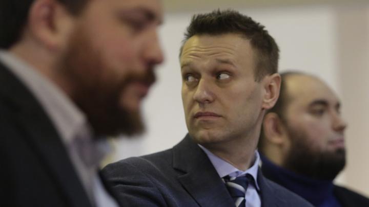 «Я занят»: Навальный дважды передумал, решая, чем ответить на вызов Золотова