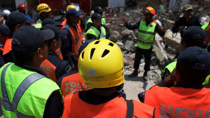 Мощные подземные толчки сотрясли юг Мексики
