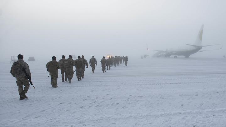 Наш ответ НАТО? Русских морпехов заметили в 250 км от Аляски