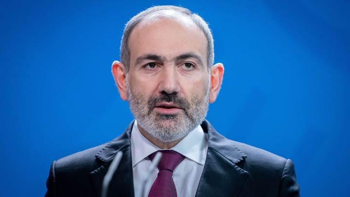 Русские мешаются: Антироссийские игры в Армении могут обернуться военным переворотом - политолог