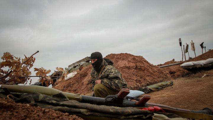 Грузовик разнесло на куски, водитель погиб: На учениях ВСУ в Донбассе произошёл взрыв