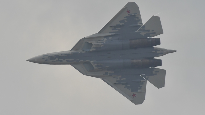 Америка вот-вот лопнет от зависти: Китайское СМИ о том, чем российские Су-57 превосходят истребители США