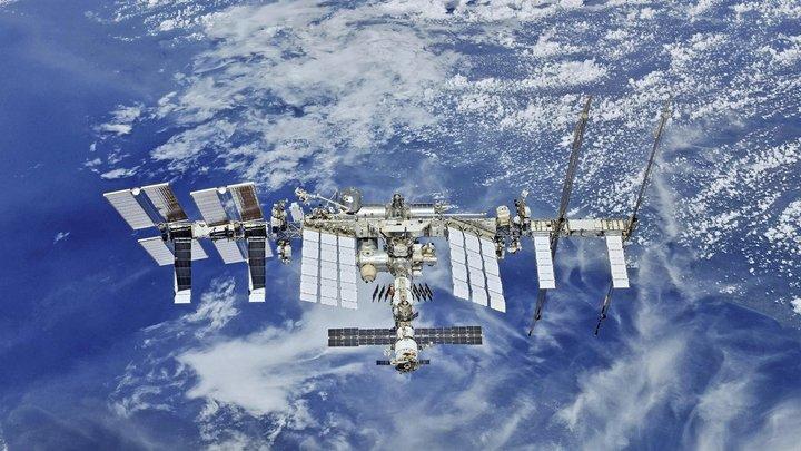 Модуль Наука подвинул МКС: В Роскосмосе и NASA объяснились