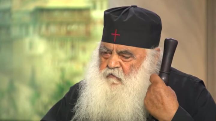 Коронавирус - злое искушение: Афонский старец призвал мир с молитвой пройти испытание