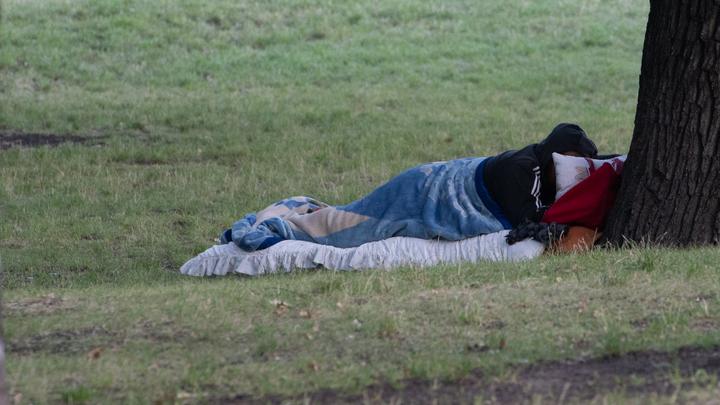 Москвичи угрожают убить благотворителей за открытие прачечной для бездомных