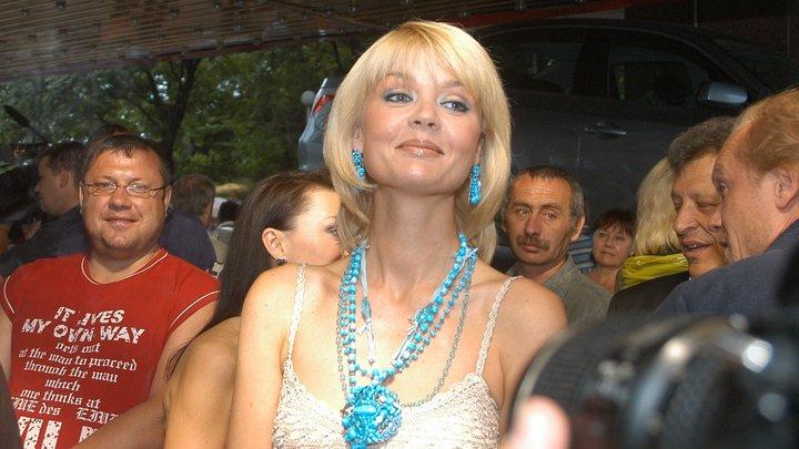 Навсегда с тобой: Юлия Меньшова не сдержала слез в день рождения покойного отца