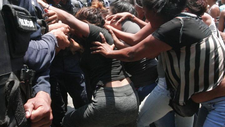 Названа причина пожара в тюрьме Венесуэлы, где погибли 68 человек