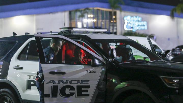 Полиция Калифорнии расстреляла спавшего в машине рэпера
