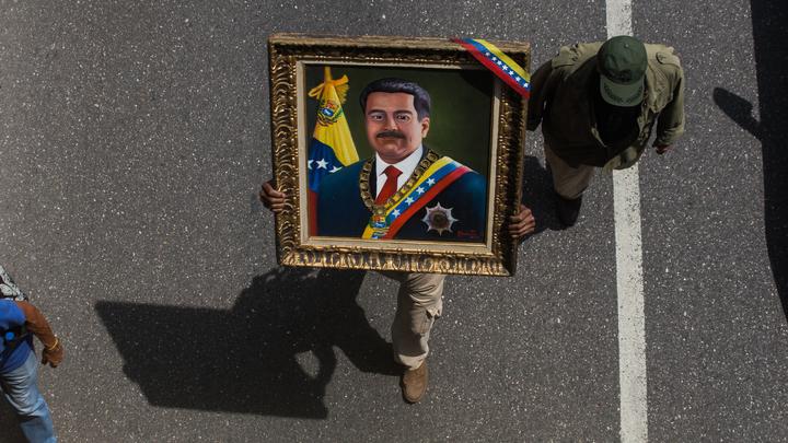 Военное вторжение в Колумбию - это ложь, заявили в Венесуэле