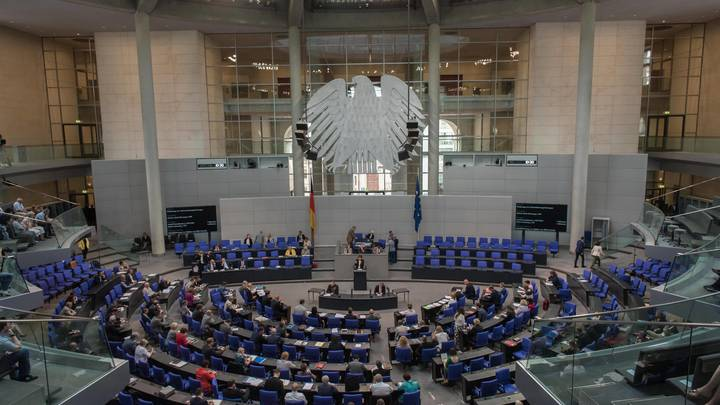 Сильная Европа невозможна без России: В бундестаге признали опасность антироссийских санкций