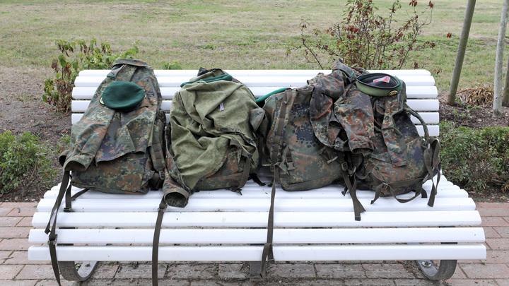 Страшно удобно:  После 22 школьных перестрелок в США раскупают пуленепробиваемые рюкзаки для детей