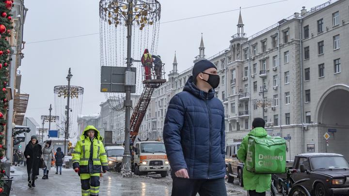 Я надеюсь, мы уже сможем обняться...: Матвиенко назвала срок отмены ограничений из-за COVID