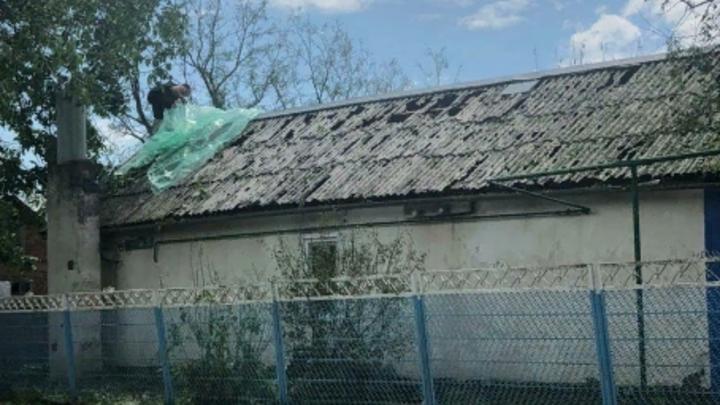 В зоне ЧС около тысячи домов: Пострадавшим от града в Павловском районе окажут материальную помощь