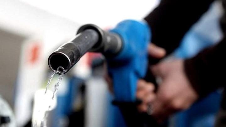 Бензин по 100 рублей: Суровая реальность или нагнетание ситуации на топливном рынке?