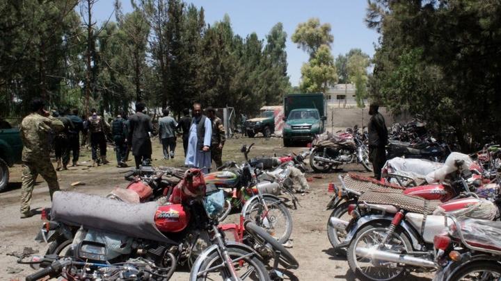 Число погибших при взрыве у банка в Афганистане возросло до 29