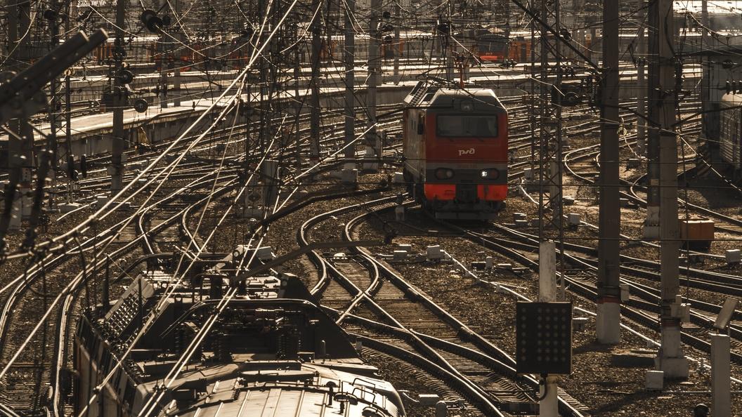 Пассажирские поезда задерживаются из-за аварии на Дальнем Востоке