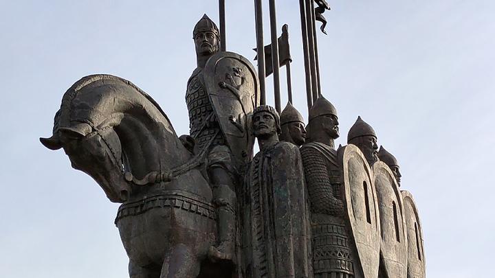 По следам Александра Невского: Почему в год 800-летия полководца места боевой славы в запустении